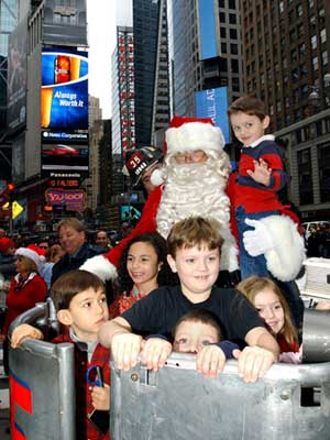 Holiday Event at Toys-R-Us (Times Square) January 19, 2006