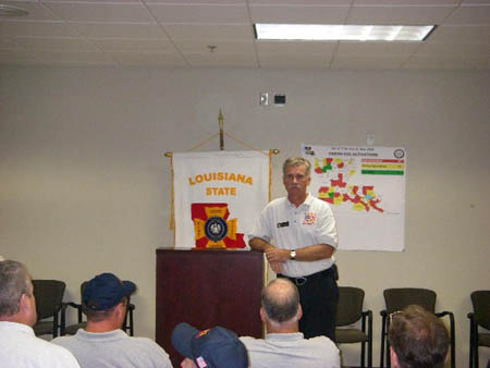 The IMT Incident Commander, Assistant Chief Edward Kilduff, delivers the morning briefing on Sept. 3.